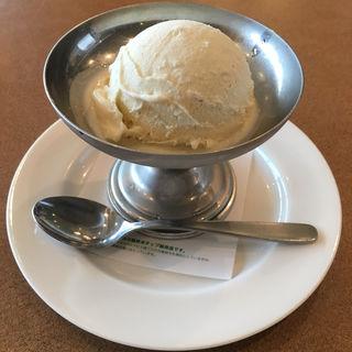 お子様バニラアイスクリーム(神戸洋食キッチン (コウベヨウショクキッチン))