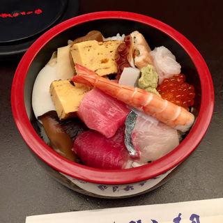 ちらし寿司(むらさき寿司 (むらさきすし))