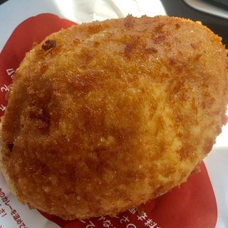 牛肉ゴロゴロカレーパン(ピカソ (PICASSO))