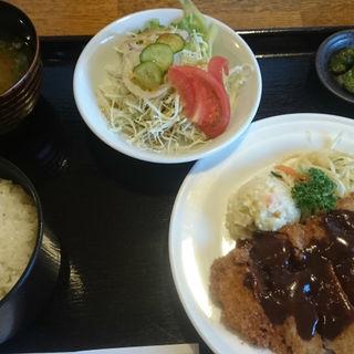 チキンカツ定食(レストランハウス Carte (カルト))