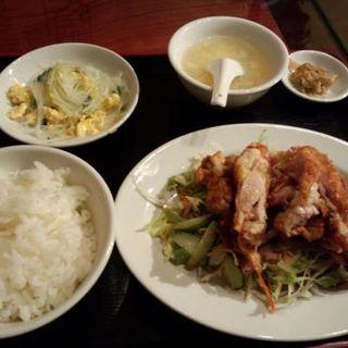 鶏肉のユーリンチーソース和え(香得莱 (シャンダレイ))