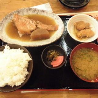 赤魚の煮付定食(大阪満マル )