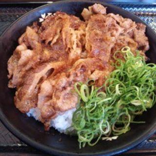 カルビ丼(並)(韓丼 新堀川本店 )
