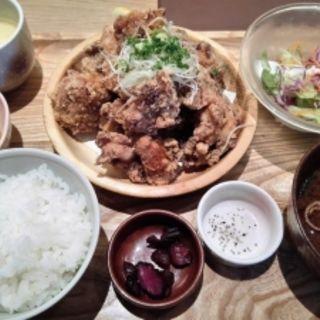 唐揚げ定食モンブラン300g(お台所 ふらり 栄スカイル店 )