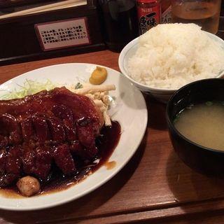 トンテキ定食(大阪トンテキ 大阪駅前第3ビル店 )