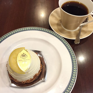 ケーキセット(Cafe Restaurant Ripple)