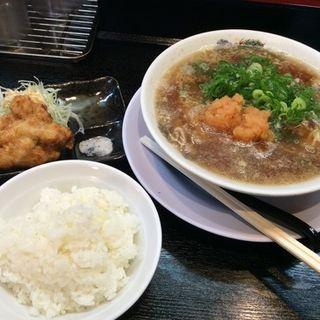 肉醤油ラーメン唐揚げセット(肉太郎 梅田2ビル店 )
