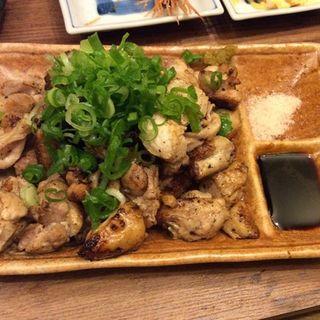 石焼き鶏盛り合わせ(揚鶏屋 伊予 )