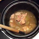 丸ごと玉ねぎと丹波鶏のコトコト煮