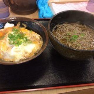 玉子丼セット(道楽うどん 6号店 )