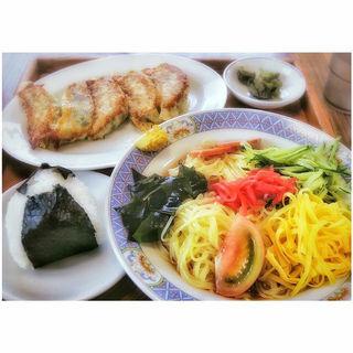 冷やし中華+餃子+おにぎり(津山食堂 )