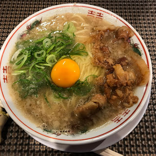 徳島風より濃厚な背脂豚骨醤油ラーメン(セアブラノ神 伏見店 )