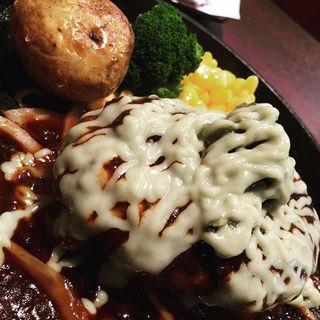 刻みわさびとマヨネーズの黒毛和牛荒びきハンバーグステーキ(ハローキッド 太平通店 )
