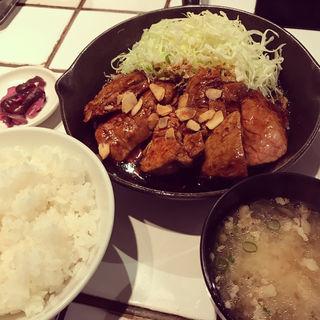 大トンテキ定食(東京トンテキ)