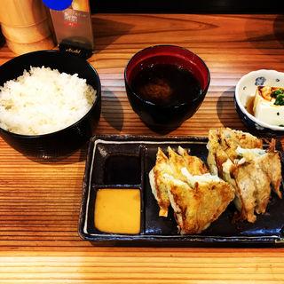 ギョーザ定食(立呑 山和屋)
