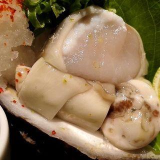 岩牡蠣(海鮮居食屋 さくさく )