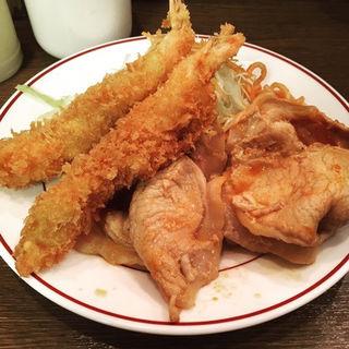 生姜焼きとエビフライ定食(キッチン大正軒)