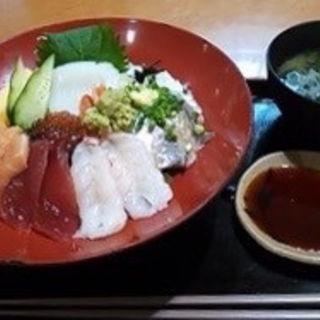 大漁丼(九十九里片貝波乗り食堂)