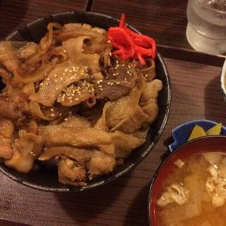 豚バラ丼 並(蔵八 )