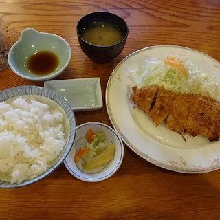 釜焼きロースかつ定食・小 (150g)(美とんさくらい)
