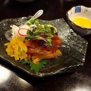 お魚と5種のねばねば・ばくだんユッケ (芋蔵 極 Colette Mare みなとみらい店 )