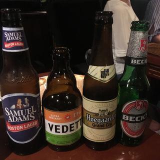 世界各国のビール(ビア カフェ ド ブルージュ (Beer Cafe de BRUGGE))