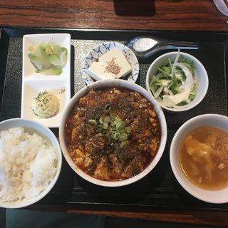 麻婆豆腐セット(黒龍天神樓 (コクリュウテンジンロウ))