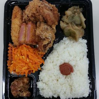 惣菜各種日替わり弁当(まんちくりん )