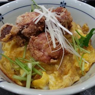 ザンギの卵丼(おいしい卵料理OMS 札幌北広島店 (オイシイタマゴリョウリオムズ))