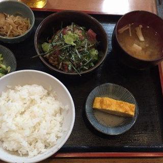 マグロ納豆定食(月源 (ツキゲン))