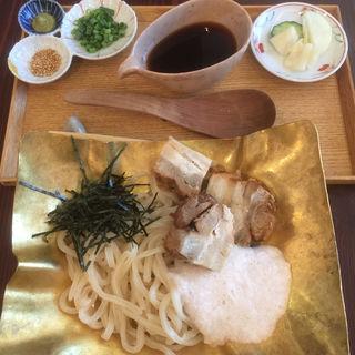 角煮山かけうどん(カフェ中野屋)