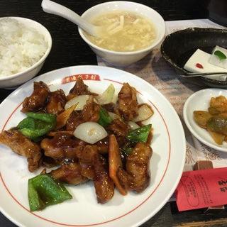 関羽セット(1,090円) 酢豚(老辺餃子館 本店 (ロウベンギョウザカン))