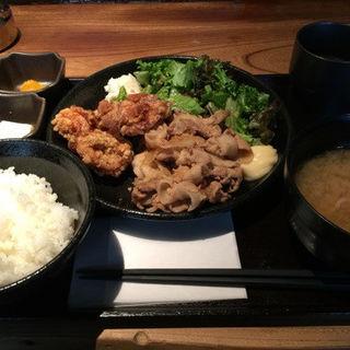 ハーフ&ハーフ 豚生姜焼・唐揚げ(醤油) (佐五右衛門 (サゴエモン))