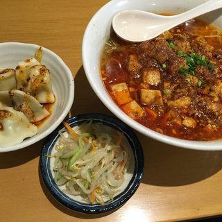 汁ありマーボー麺(栄児 家庭料理 サンシャインシティ店 (ロンアール カテイリョウリ))