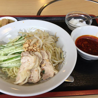 四川冷麺(麻辣汁)(火鍋屋 (ヒナベヤ))