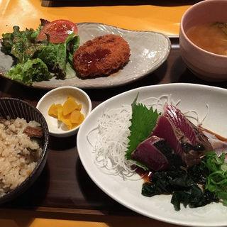 藁焼き鰹のたたき定食(俵屋よさこいダイニング )