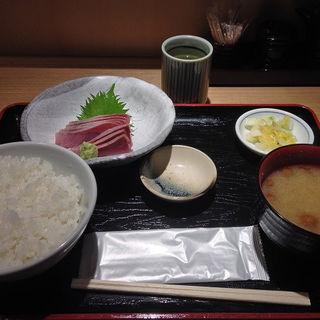 紀州 ブリ刺身(船宿割烹 汐風 麹町店 (しおかぜ))