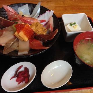 海鮮丼(漁十八番 )