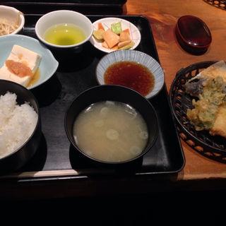 穴子天婦羅定食(日本料理 岩戸 銀座店)