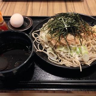 肉そば(生卵付き)大盛(ぢゅるり )