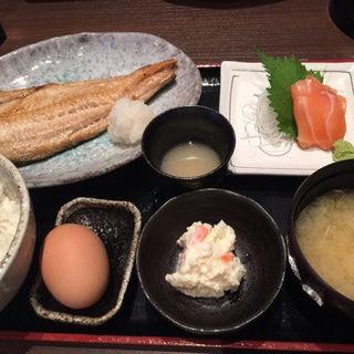 日替わり焼魚定食(銀座 あまくさ 青山外苑 )