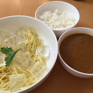 冷たいつけ麺のかれーうどんパスタ (プティ・マリエ 幕張本郷本店 )
