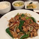 葱爆肉片(豚肉、青赤ピーマン、ネギ、醤油炒め)