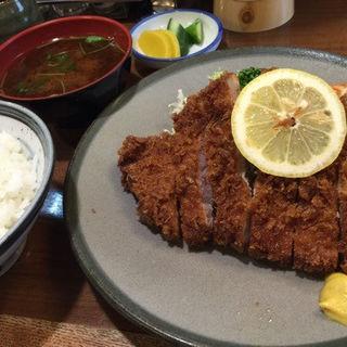 ロースカツ定食(かつ平 (かつへい))