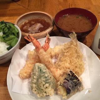 天麩羅定食 (利久 (りきゅう))