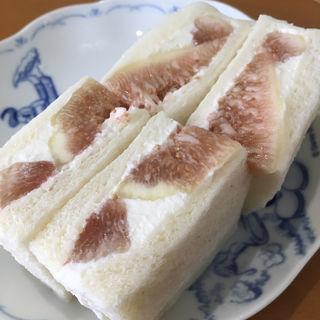 いちじくサンド(ボン マテリエル (Bon Materiel))