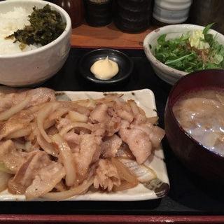 定番!黒豚しょうが焼き定食(あうん酒場 (【旧店名】九州酒場))