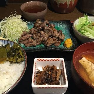 宮崎地頭鶏!せせりの炙り焼き定食(地料理屋 あうん 赤坂 (ジリョウリヤアウンアカサカ))