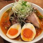 辛味噌豚チャーシュー麺(ジョニーとリー )