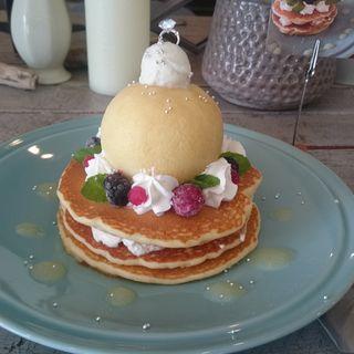 3rd aniversary pancake(RusaRuka東京自由が丘店)